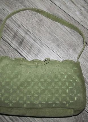 Замшевая мини сумочка м&s