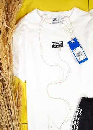 Белая базовая футболка adidas r.y.v. , оригинал