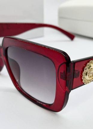 Versace очки женские солнцезащитные бордовые глянцевые прямоугольники