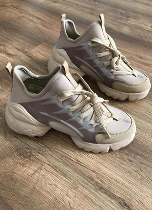 Люксова копія кросівки