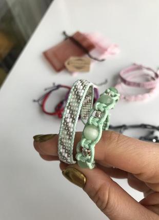 Комплект из двух браслетов, ручная работа