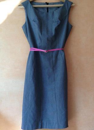 Классическое и элегантное платье от  next
