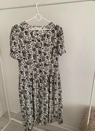 Платья в цветочный принт винтажное