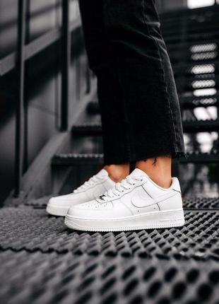 Шикарные кроссовки унисекс nike air force 1 '07 white