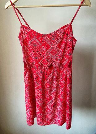 Актуальное летнее красное платье в стиле 90-х грандж вискоза мини сарафан летний h&m /как новое/