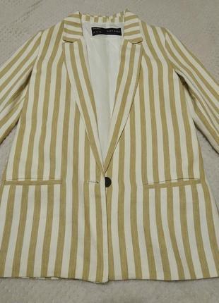 Пиджак zara, размер s, светлый в полоску