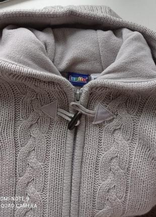 Тёплый свитер на мальчика2 фото