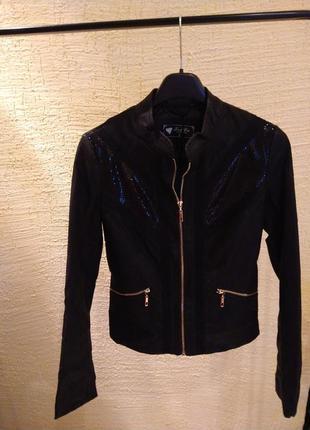 Новая куртка с эко кожи