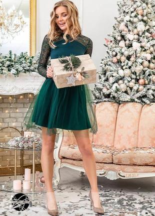 Платье мини с фатиновой юбкой