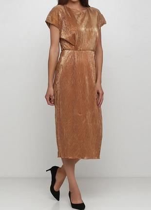 Шикарное плиссированное золотое вечернее платье от миди андре тана.