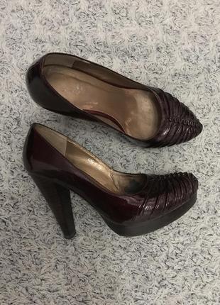 Туфли лаковые mallanee 36 размер