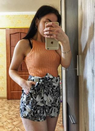 Юбка -шорты в цветочный принт мини-шорты размер s-m