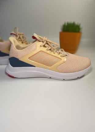 Продам новые фирменные женские кроссовки adidas