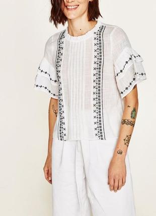 Футболка блуза с вышивкой от зара zara
