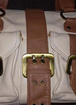 Кожаная очень фнкциональная сумочка