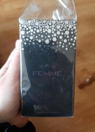 Femme рарфюмерная вода avon новая 50мл