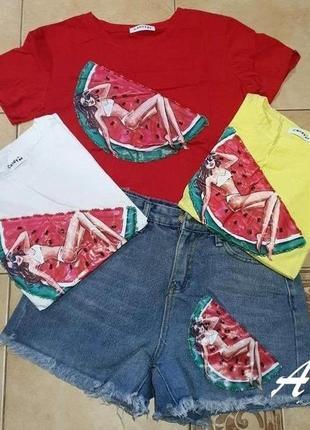 Костюм: футболка + шорты