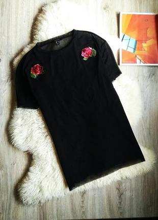 Чёрная прозрачная футболка сетка с вышивкой нашивкой розы
