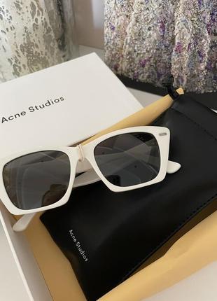 Новые очки acne studios