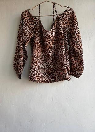 Кофточка,блузка,рубашка с открытыми плечами, леопардовый принт, размер 14, 46/48