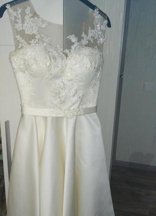 Платье выпускное.размер s .