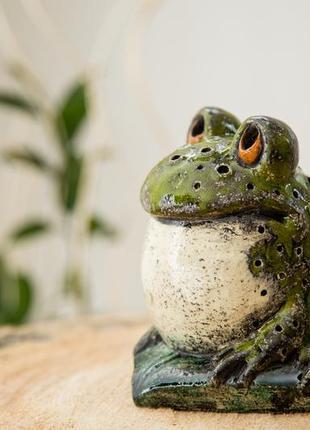 Керамический светильник жаба