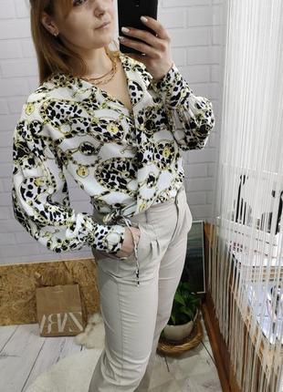 Трендовая блуза с объемными рукавами от topshop