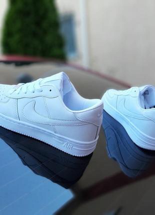Nike air force 1  белые3 фото
