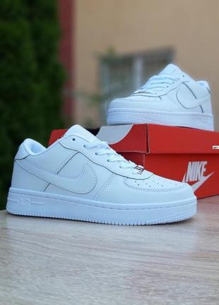 Nike air force 1  белые4 фото