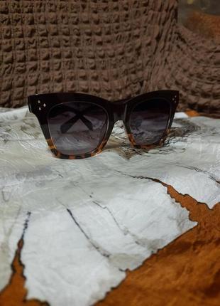 Винтажные дизайнерские солнцезащитные очки