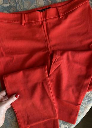 Продам красные брюки incity