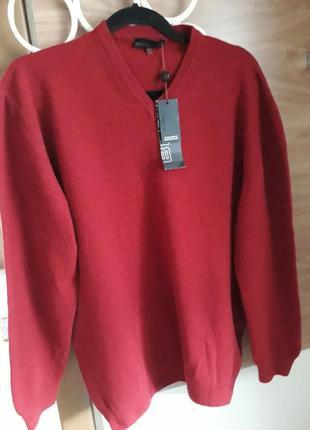 Пуловер, светр з овечої вовни