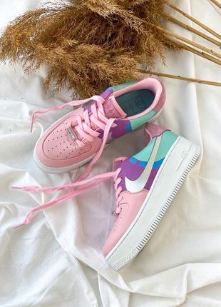 Милые женские кроссовки nike air force 1 розовые с бирюзой