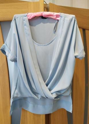 Новая стильная нарядная блузка красивенного голубого цвета