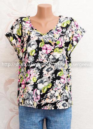 Большой выбор блуз - стильная яркая цветочная блуза с подкатами на рукавах