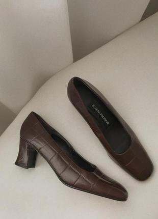 Вінтажні туфлі evan picone