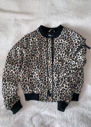 Бомбер в леопардовый принт