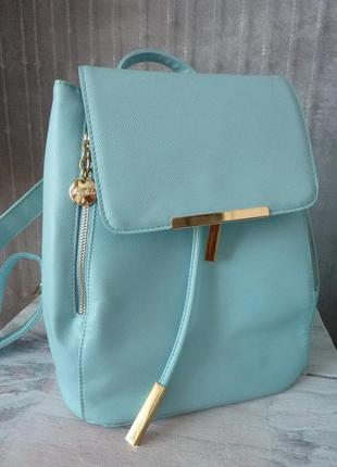 Голубой рюкзак в отличном состоянии