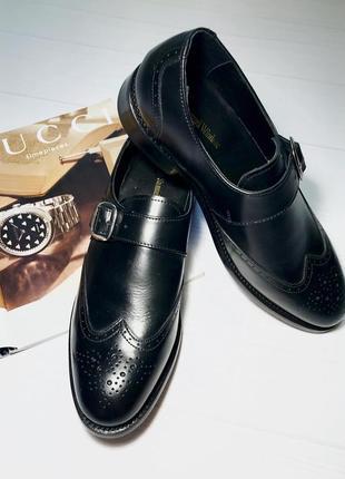 Класні фірмові шкіряні туфлі