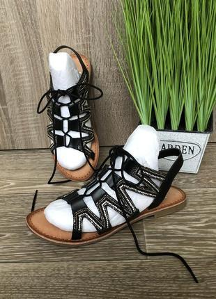 Кожаные босоножки гладиаторы bata размер 38