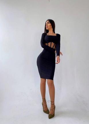 Женское платье  с корсетной вставкой4 фото