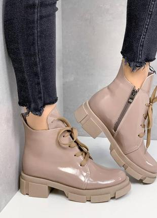 Кожаные лаковые деми ботинки на шнуровке натуральная кожа