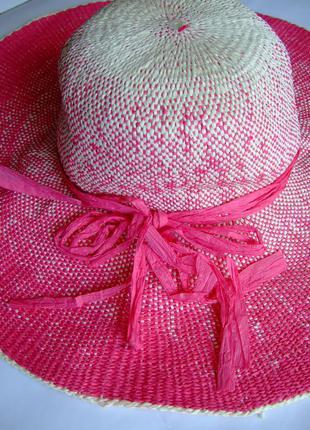 Красивая широкополая пляжная шляпа с&a.