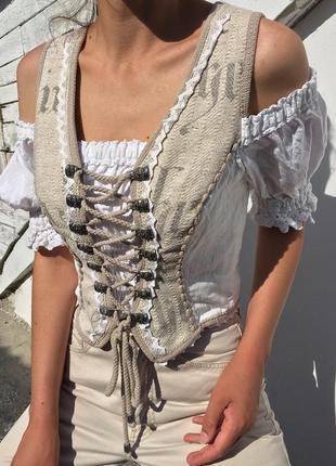 Распродажа топ в баварском стиле блуза stockerpoint с кружевом и вышивкой asos