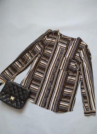 Блуза с длинными рукавами в полоску