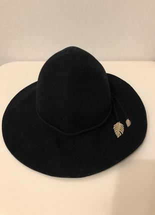 Шерстяная шляпа