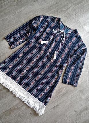 Блуза рубашка вышиванка с орнаментом и завязками кисточками , бахромой этно бохо стиль