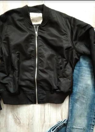 Курточка-бомбер от gloria jeans