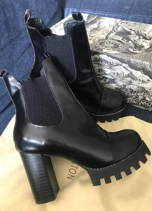 Ботильоны louis vuitton star trail boots 37