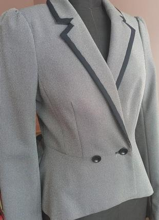 Элегантный пиджак с баской new look